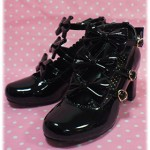 Enamel Chelsea Ribbon Shoes